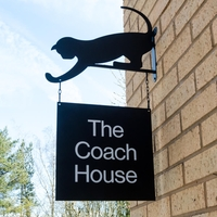 Hanging Metal House Sign with Cat bracket