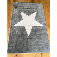 Grey Rug with Large White Star 100 x 150 cm