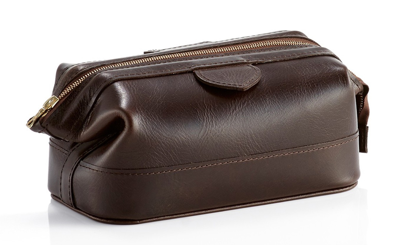 Daines and Hathaway Brooklyn Gunsmoke Leather Small Washbag