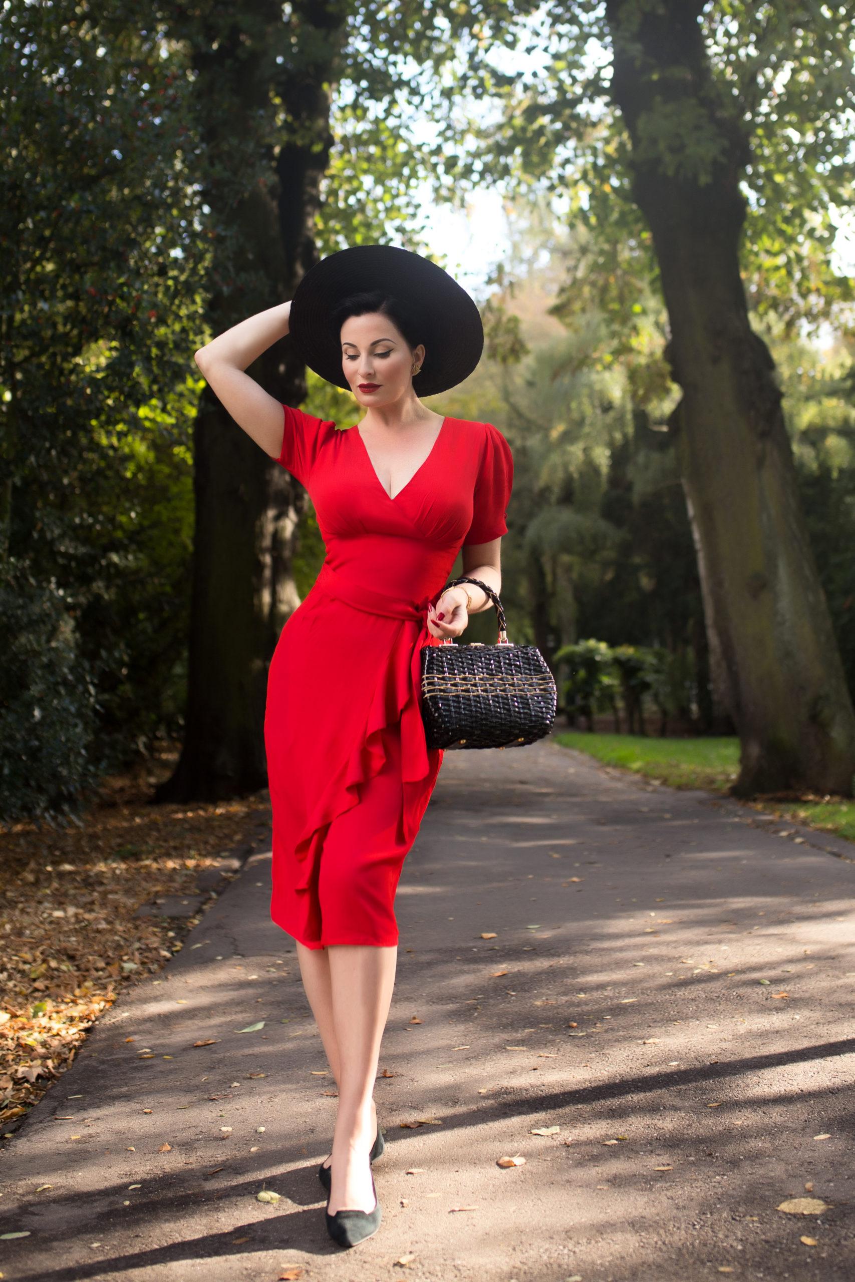 1940s Dresses and Clothing UK | 40s Shoes UK Lilian Dress £89.00 AT vintagedancer.com